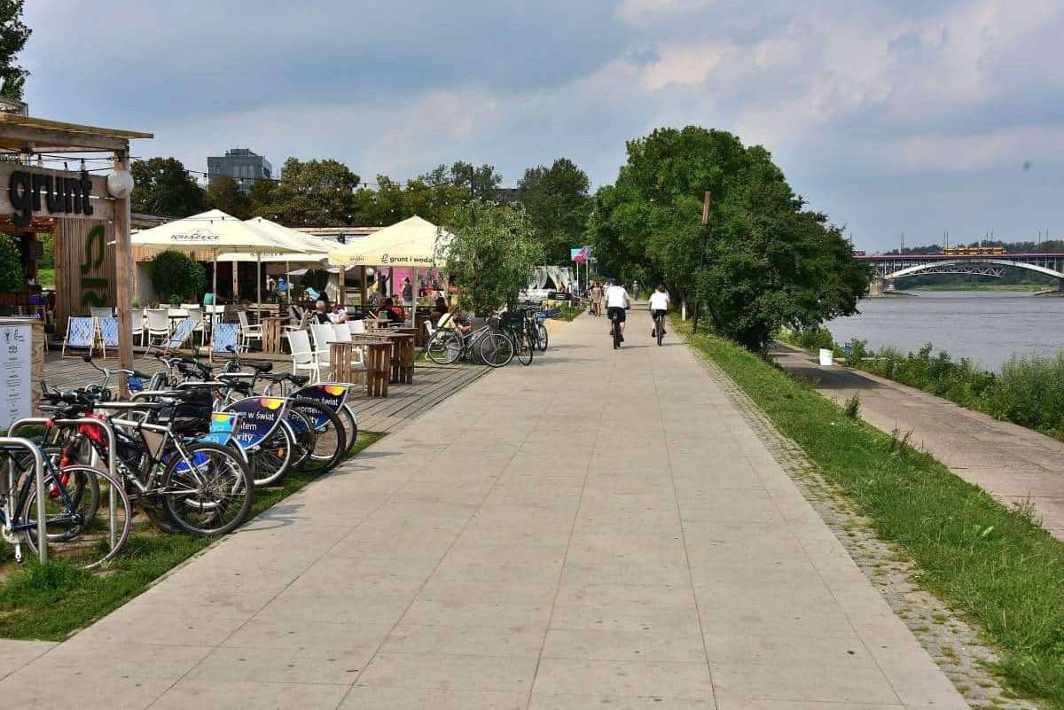 weichsel-boulevard-warschau