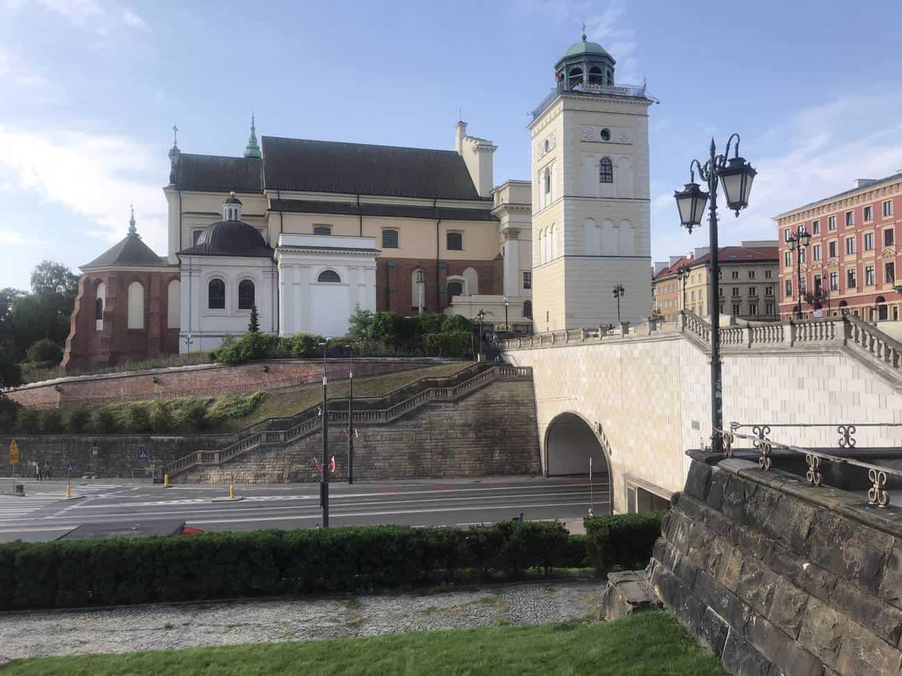 glockenturm-saint-anna-warschau