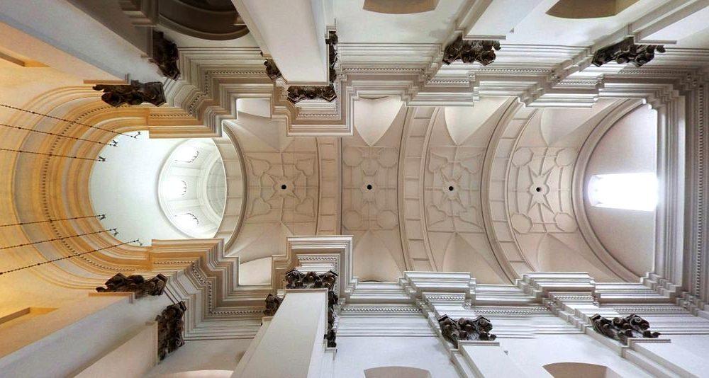 jesuiten-kirche-warschau